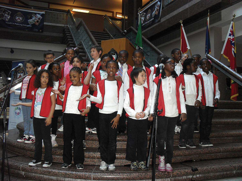 Students of Toronto's École élémentaire catholique Saint-Jean-de-Lalande, celebrating International Francophonie Day on March 23, 2012. (Source: Journal Canora, Toronto)