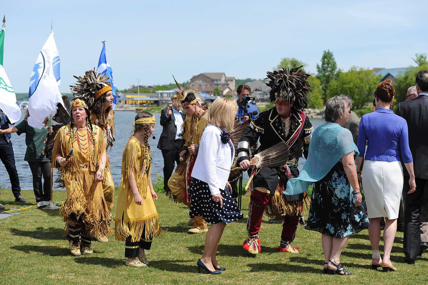 Sandokwa performing the Huron-Wendat Friendship Dance at  Champlain's Legacy even