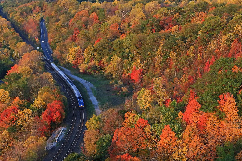 Ontario trains (Photo: Earl Minnis)