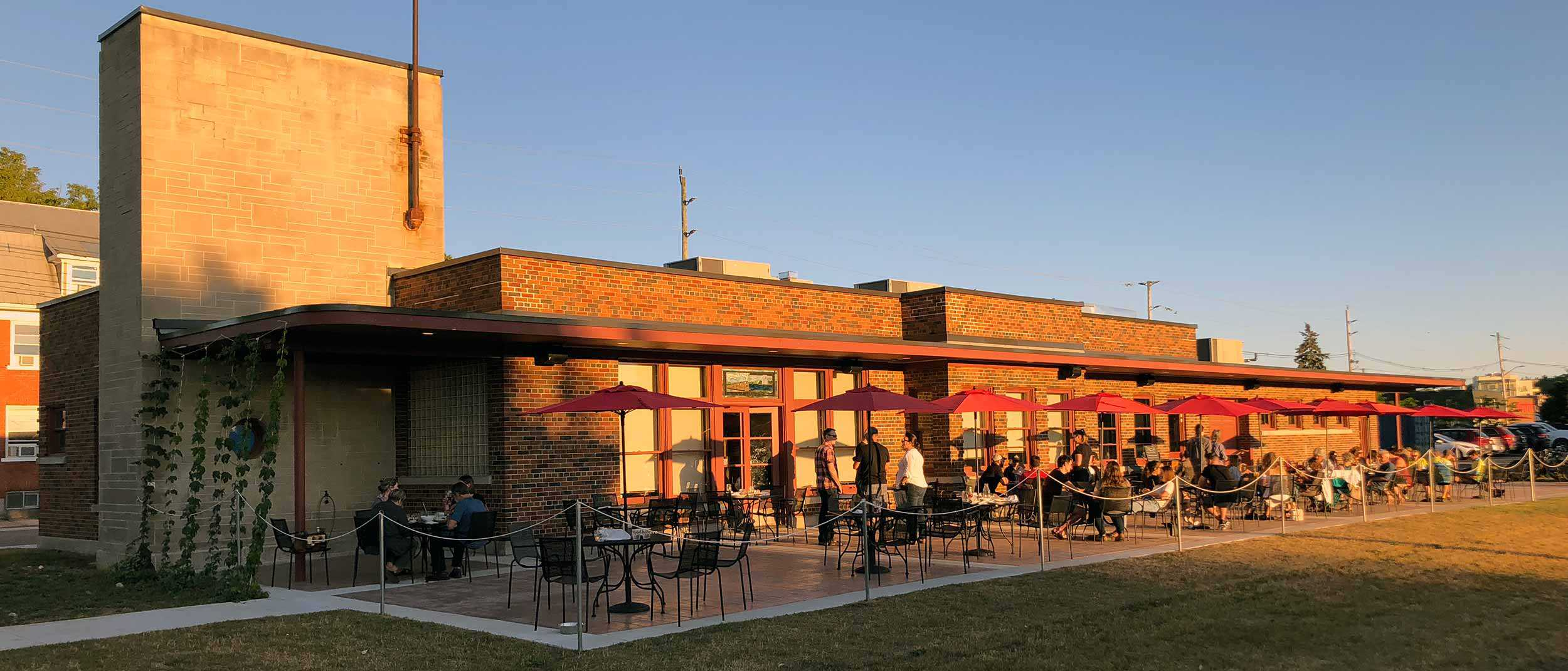 Mudtown Station Brewery and Restaurant