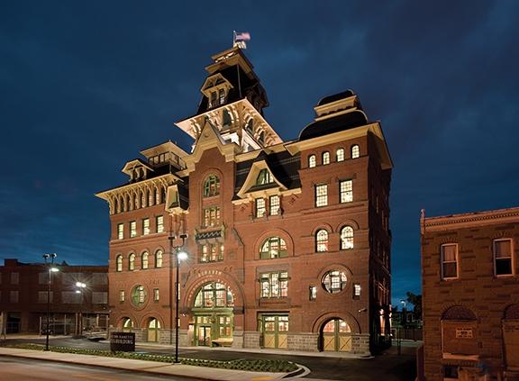 Old building (Photo: Paul Burk)