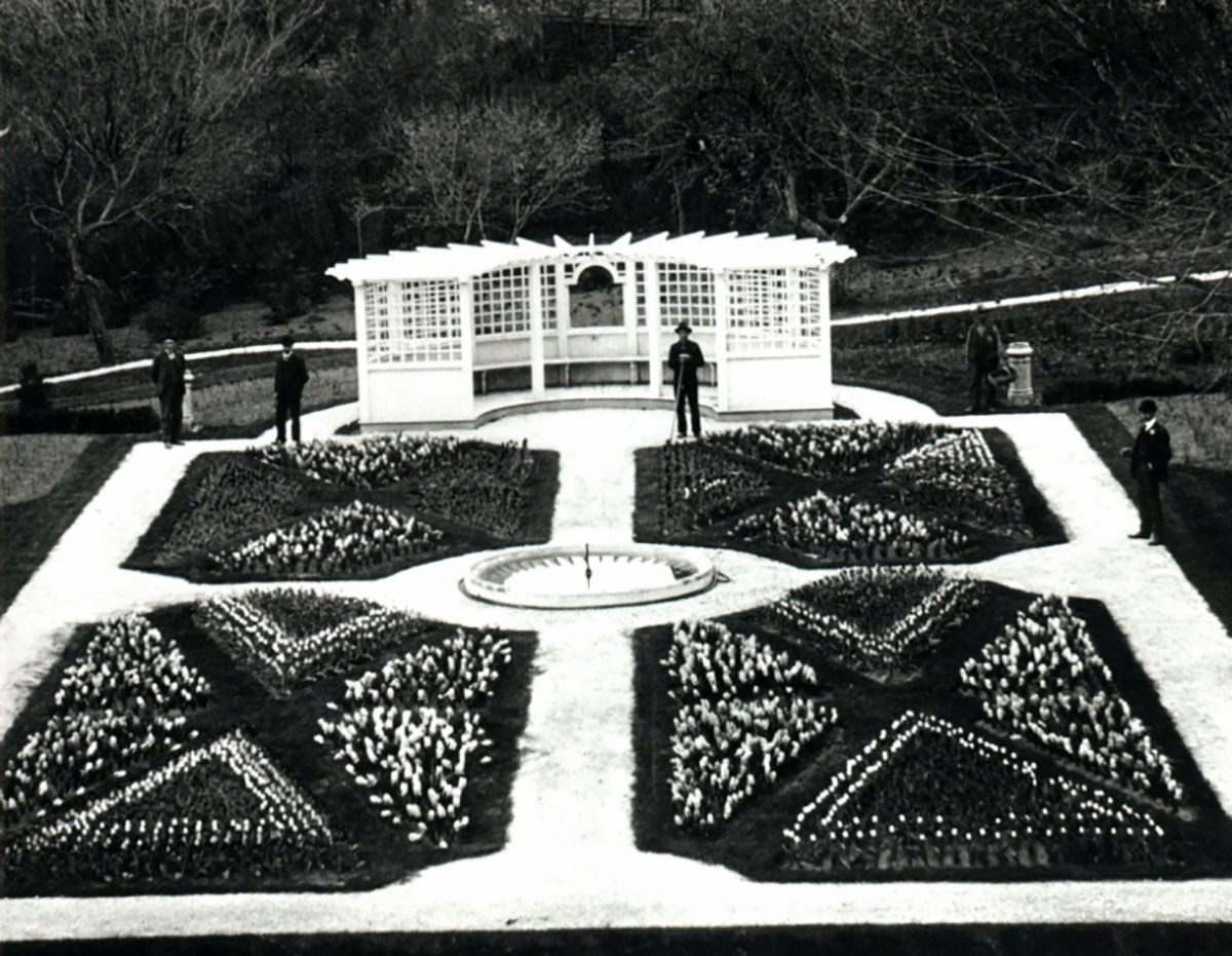 Black and white archival photo of garden at Fulford Place.
